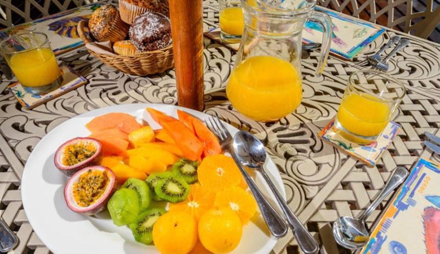 Bahia Mar 003 Fruit for Supper