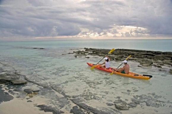 Anantara Medjumbe 036 canoeing