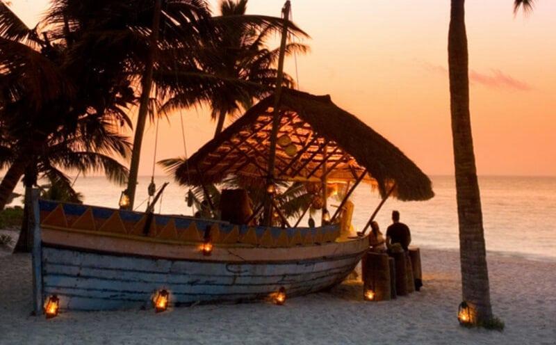 AndBeyond Benguerra Island Sundowners