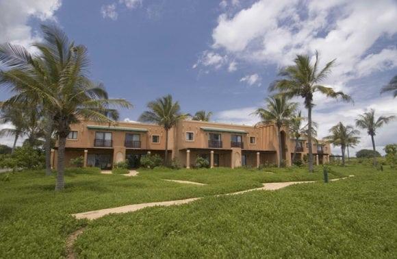 Avani Pemba Beach 018 villas exterior