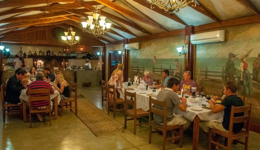 Castelo do Mar 007 dining
