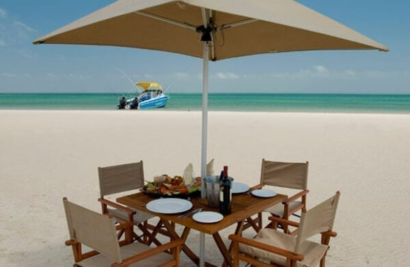 Dugong Beach Lodge 1 1
