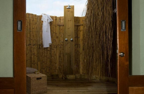 Dugong Beach Lodge outdoor shower