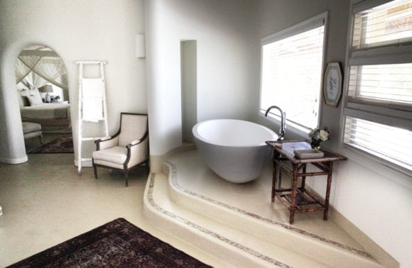 Magaruque Island 010 Bathroom