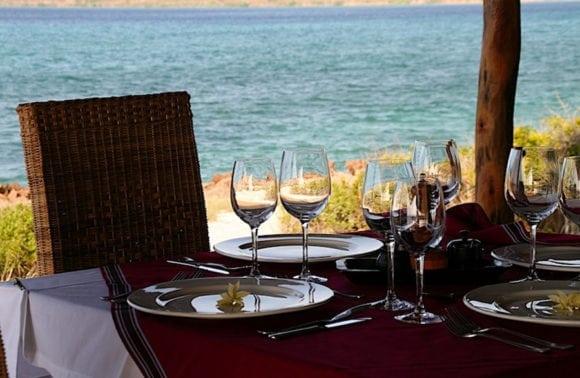 Nuarro Lodge 010 Dining Table