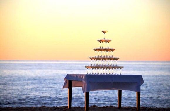 Pestana Bazaruto Lodge 016 Champagne pyramid