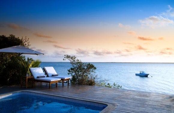 Rio Azul Lodge 009 main deck