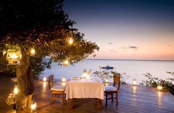 Rio Azul Lodge 013 romantic dining