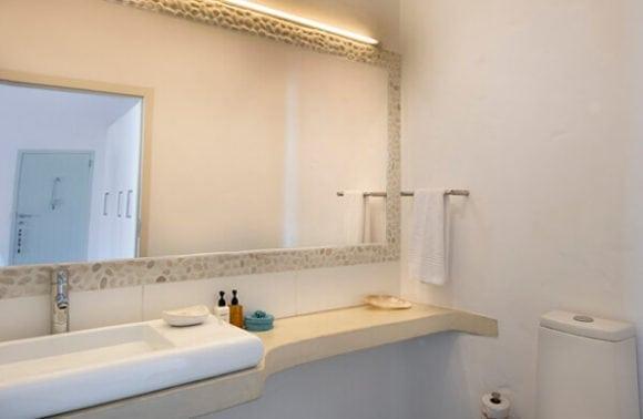 Villa Santorini 012 Bathroom