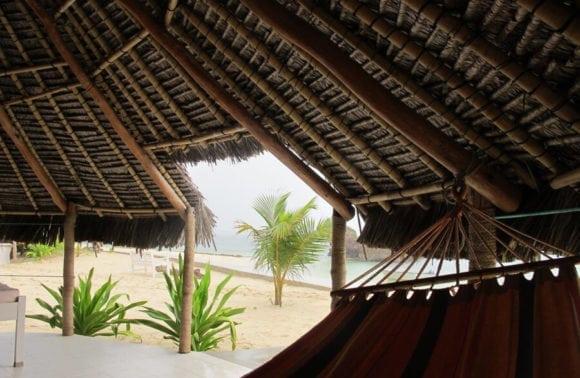 Situ Island Resorts 004 Hammock to sea