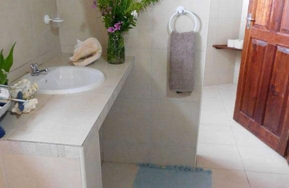 Situ island resorts Accomodation 003 Bathroom