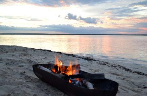Situ island resorts Fishing 002 Beach fire