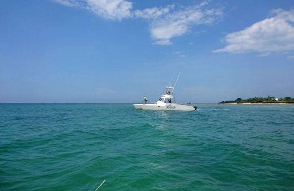 Situ island resorts Fishing 003 boat view