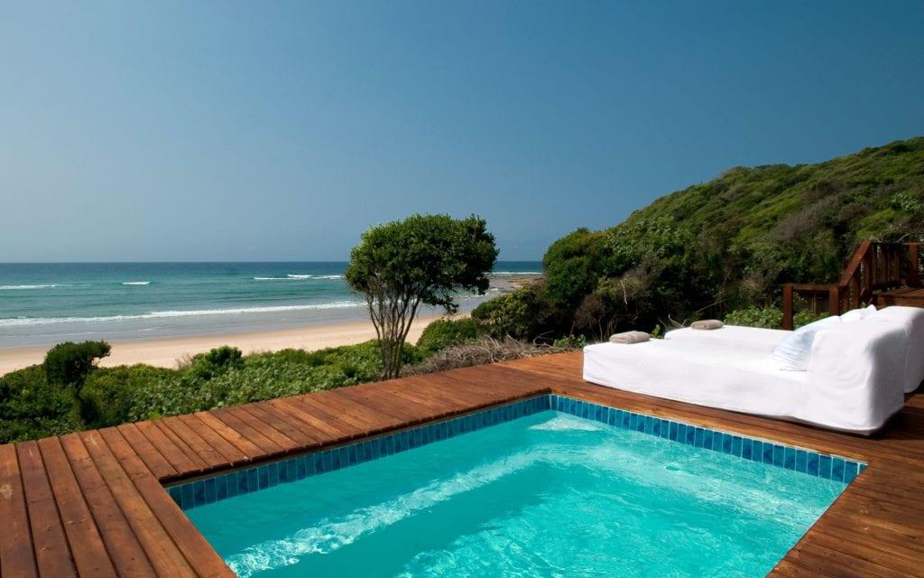 white pearl mozambique private pool